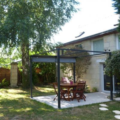 Gîte Les Clématites Chouzé-sur-Loire : entrée
